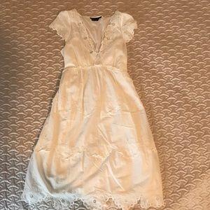 BCBG embroidered/embellished white dress Size 2